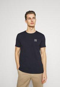 Marc O'Polo DENIM - SMALL CHEST LOGO 2 PACK - Basic T-shirt - scandinavian white/scandinavi - 4