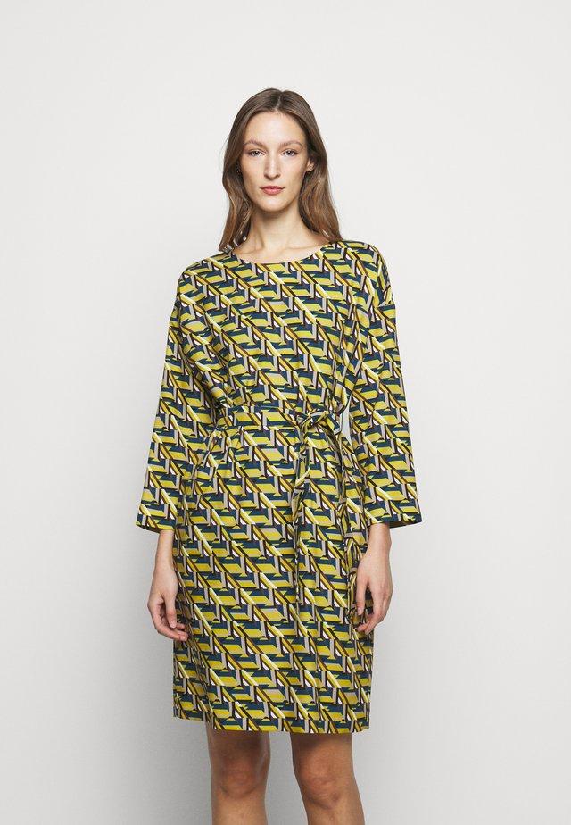 COLONIA - Robe d'été - limette