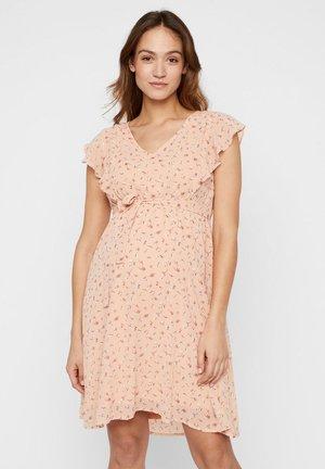 2-IN-1  - Korte jurk - almost apricot