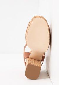 Madden Girl - CARRY - High heeled sandals - caramel - 6