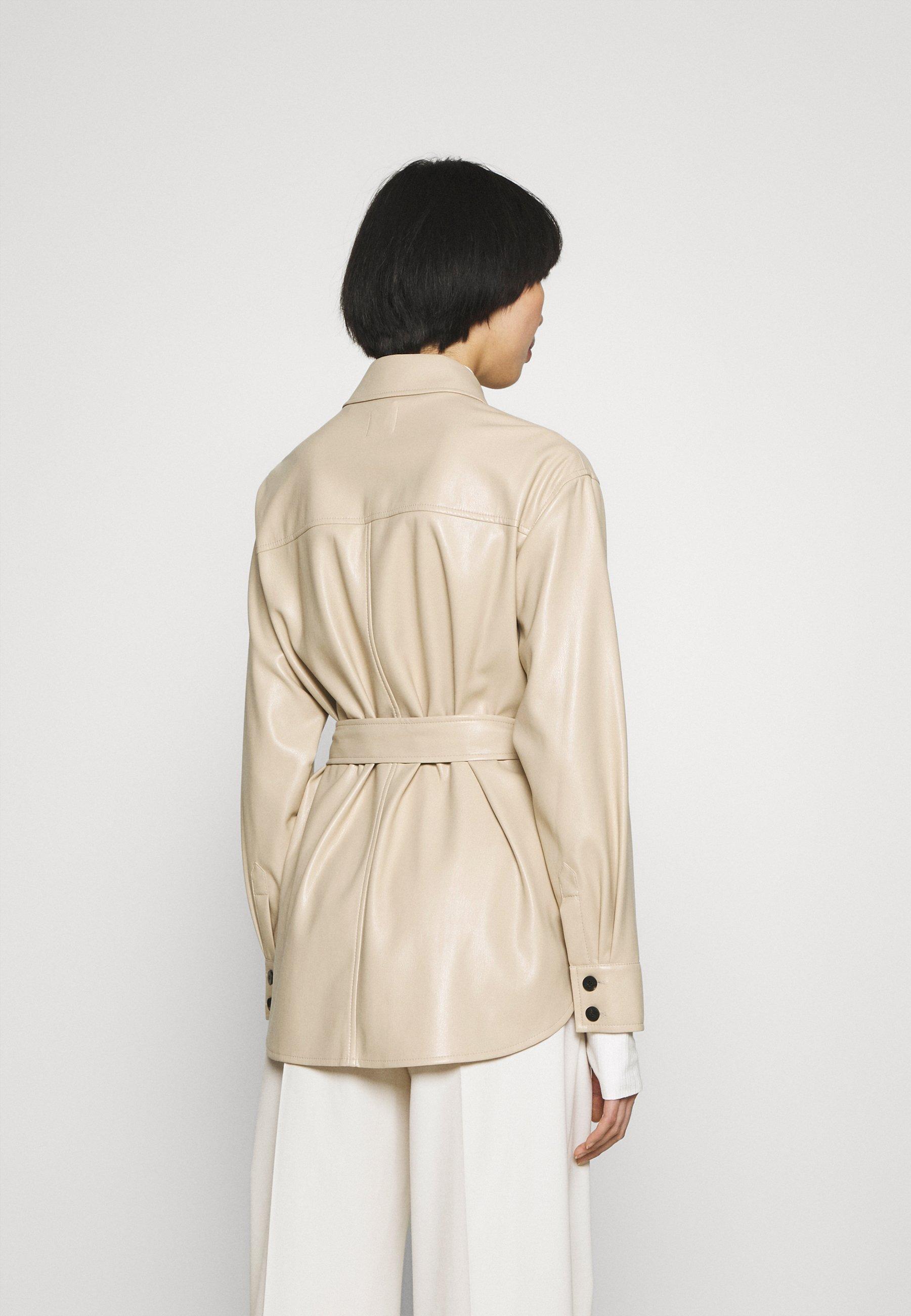Damer AMITASA - Korte frakker