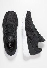 Reebok - FLEXAGON ENERGY TR - Zapatillas de entrenamiento - black/true grey/silver metallic - 1