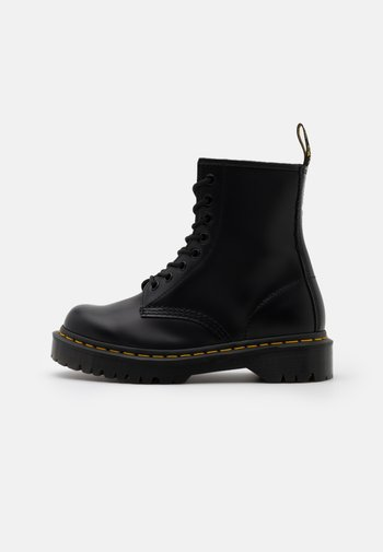 1460 BEX 8 EYE BOOT UNISEX - Veterboots - black smooth