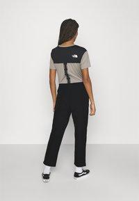 The North Face - SIGHTSEER PANT - Pantalon classique - black - 2