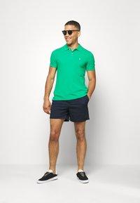 Jack & Jones - JJIFREE JJJOGGER - Shorts - navy blazer - 1