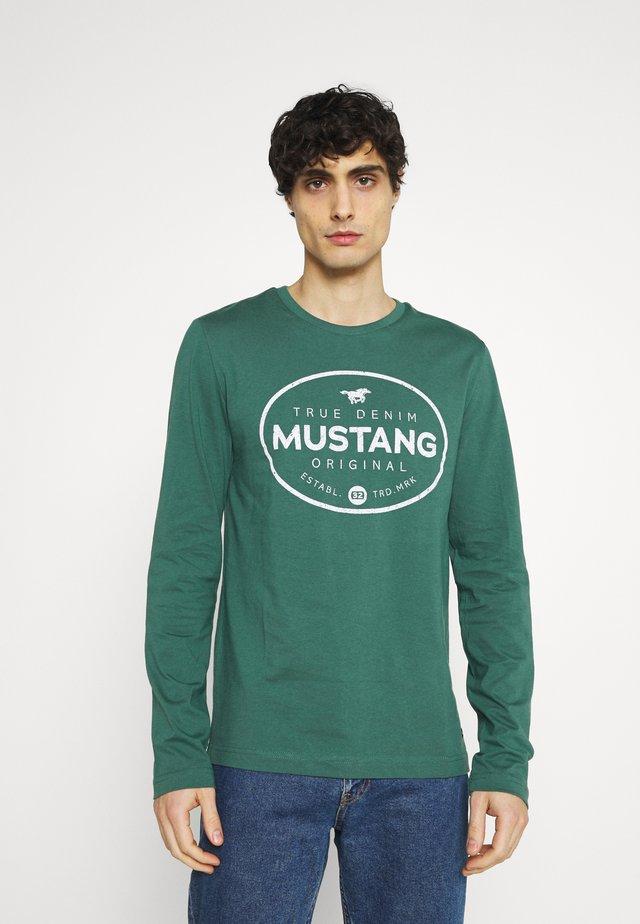 ADRIAN - T-shirt à manches longues - mallard green