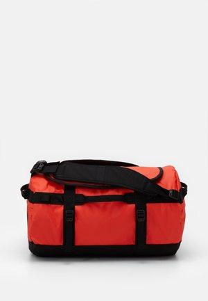 BASE CAMP DUFFEL S UNISEX - Sports bag - flare/black
