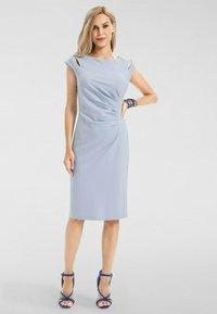 Apart - Shift dress - hellblau - 1