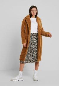 Urban Classics - Winter coat - loam - 1
