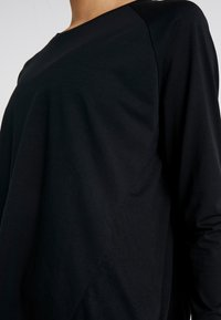 Cotton On Body - ACTIVE LONGSLEEVE  - Long sleeved top - black - 3