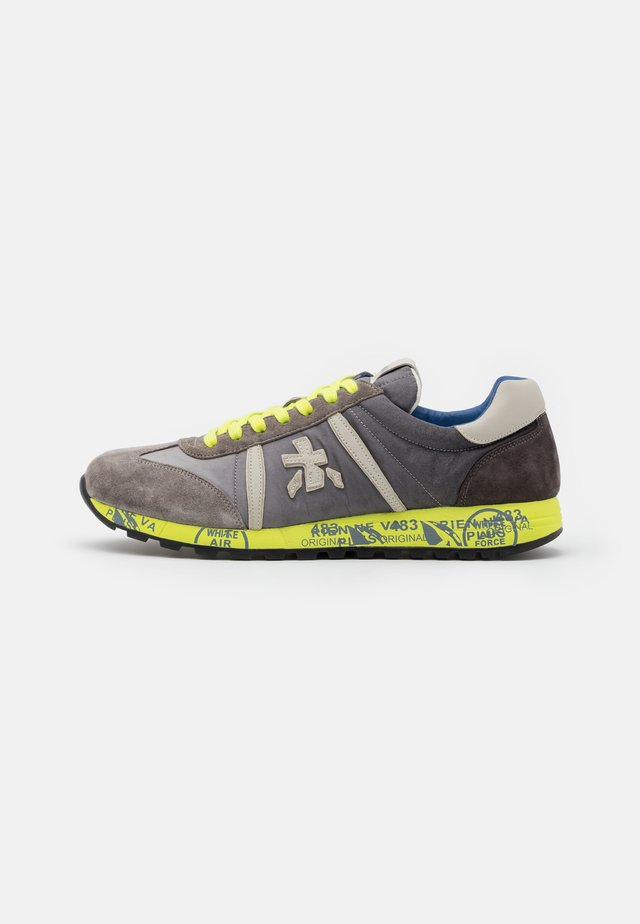 LUCY - Sneaker low - grey/neon