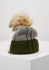 Eisbär - EDEN LUX CRYSTAL  - Beanie - outdoorgreen/white - 2