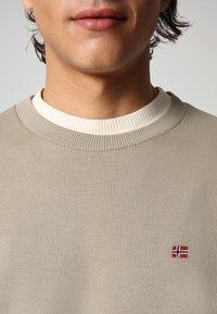Napapijri - BALIS - Sweater - silver sage - 2