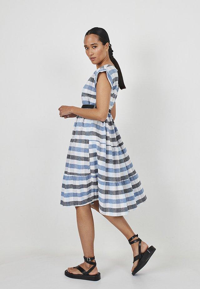 Day dress - azul, blanco