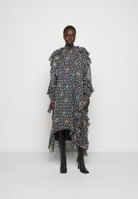 N°21 - RUFFLE SLEEVE DRESS 2-IN-1 - Maxi dress - multi - 0