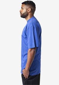 Urban Classics - Basic T-shirt - royal - 2