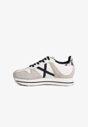 MASSANA  - Zapatillas - blanco