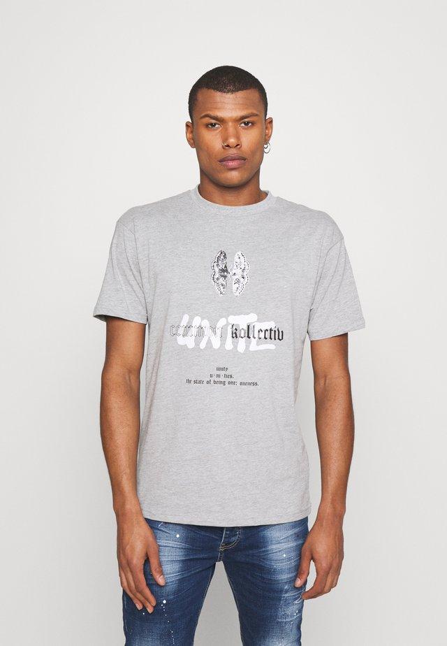 UNITE UNISEX - T-shirt imprimé - washed grey