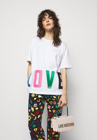 Love Moschino - Sac à main - avorio - 0