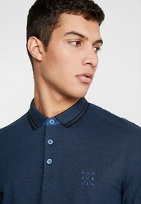 Only & Sons - ONSSTAN FITTED TEE  - Polotričko - ensign blue/black - 3