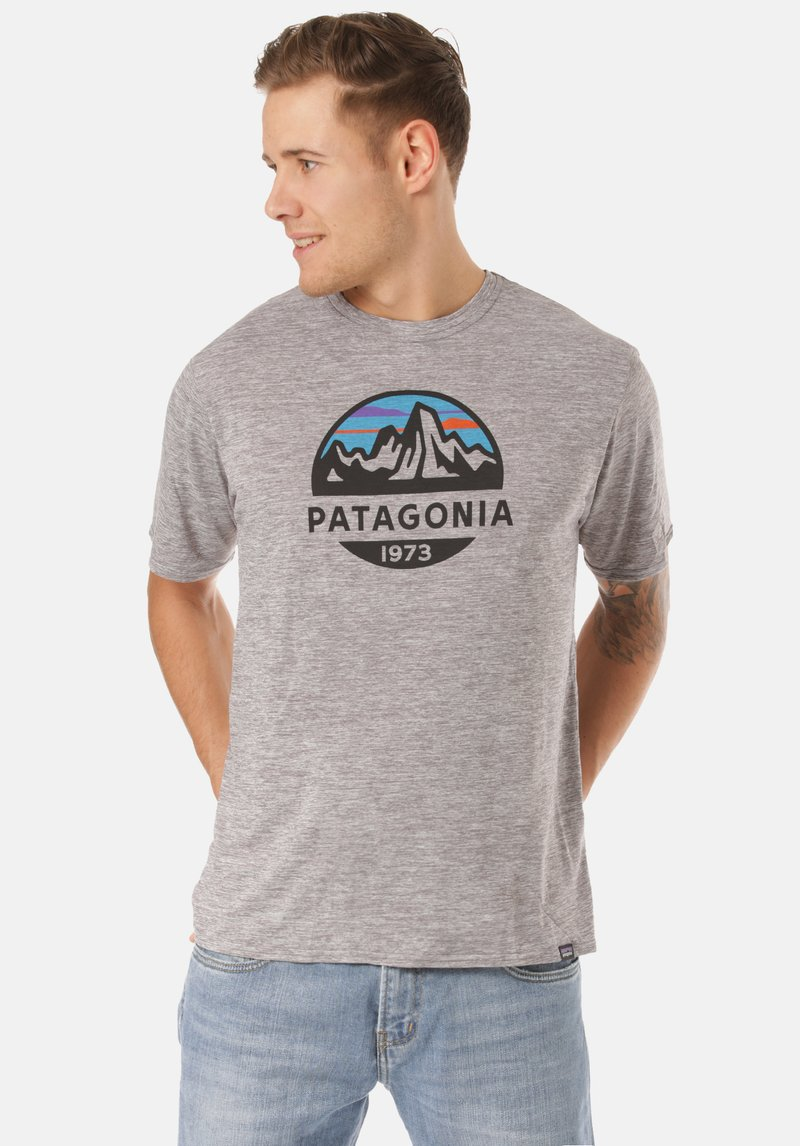 Patagonia - COOL DAILY GRAPHIC - Print T-shirt - grey