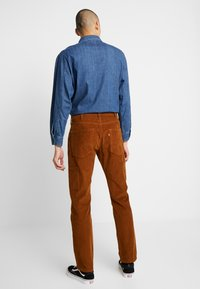 Levi's® - 502™ CARPENTER PANT - Tygbyxor - brown - 2