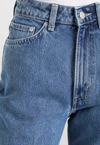 Weekday - ROWE FRESH - Jeans Straight Leg - sky blue - 3