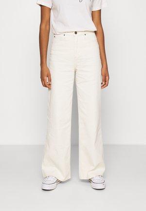 STELLA A LINE - Flared Jeans - ecru