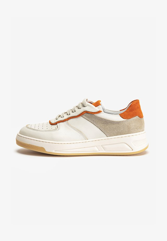 Sneakers laag - beige/orange bon