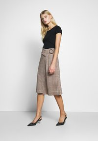 Sisley - SKIRT - Gonna a campana - beige