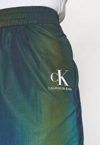 Calvin Klein Jeans - REFLECTIVE MINI SKIRT - Mini skirt - multi-coloured - 3