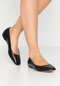 ALDO - BRIDGETTE - Ballerina - black - 0