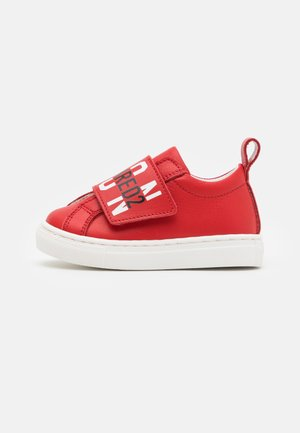 UNISEX - Sneakersy niskie - red