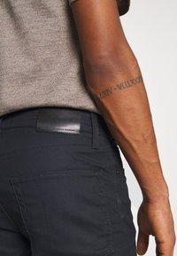Jack & Jones - JJITIM JJICON - Slim fit jeans - black denim - 5