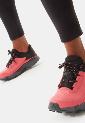 W VECTIV EXPLORIS FUTURELIGHT - Zapatillas de senderismo - fiesta red tnf black