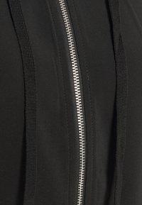 Vero Moda - VMCOCO HOODIE - Summer jacket - black - 6