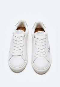 Pepe Jeans - Baskets basses - blanco - 1