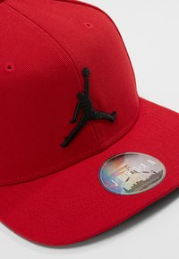 Jordan - JORDAN PRO JUMPMAN SNAPBACK - Caps - gym red/black - 6