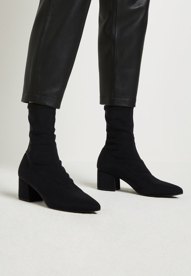 MYA - Bottines - black