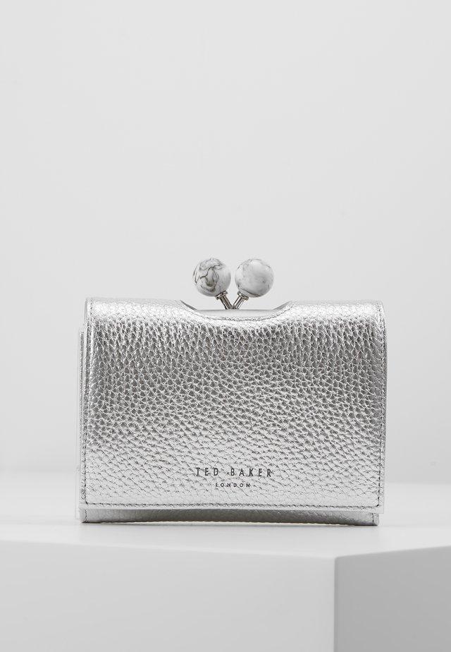 MOILY - Wallet - silver