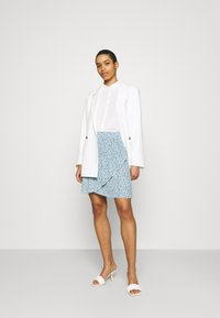 Moss Copenhagen - FADEA JALINA SKIRT - A-line skirt - blue - 1