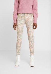 Mos Mosh - SUMNER RIO PANT - Slim fit jeans - rose flower - 0
