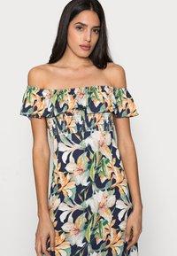LASCANA - MAXIKLEID - Jersey dress - multi-coloured - 3