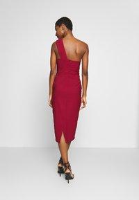 Trendyol - Vestido de cóctel - burgundy - 2