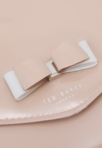 Ted Baker - HARLIEE - Clutch - dusky pink - 3