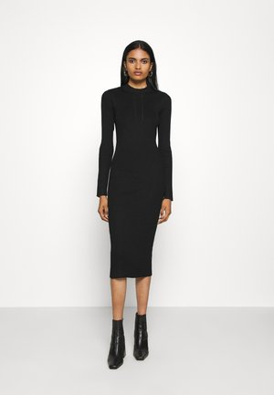 VIKNITTA DRESS - Strikket kjole - black