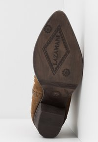 Lazamani - Cowboy/biker ankle boot - tan - 6