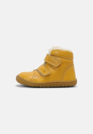 NIK BAREFOOT UNISEX - Touch-strap shoes - giallo