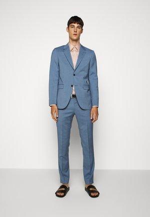 JARL - Suit - celestial blue