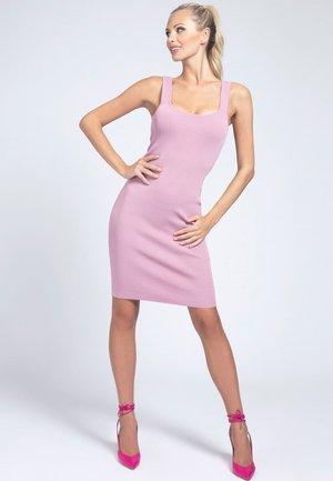 ANLIEGENDES - Shift dress - hellrose